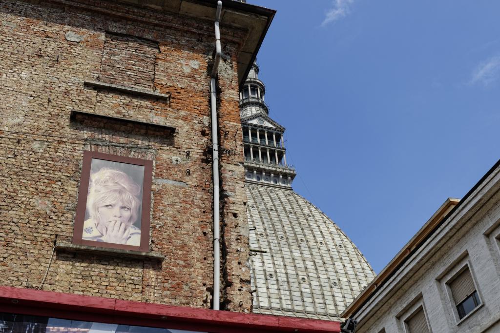 Verso la Mole Antonelliana e il Museo del Cinema