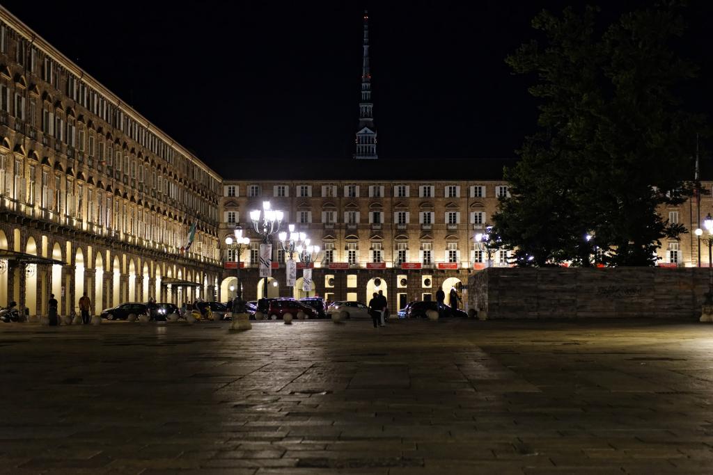 Piazza Castello e la Mole