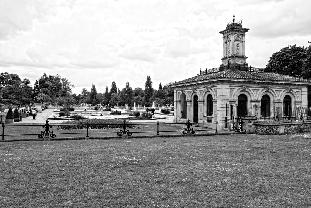 Kensington, Italian Gardens